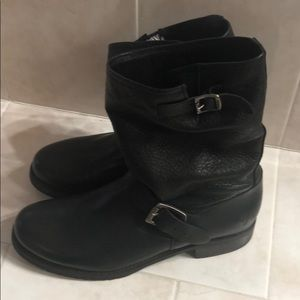 Frye short boot